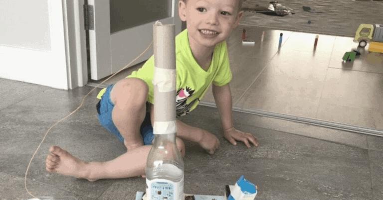 toddler junk modelling activity